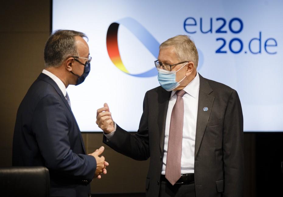 Προειδοποίηση Ρέγκλινγκ για συνετή δημοσιονομική πολιτική από την Ελλάδα