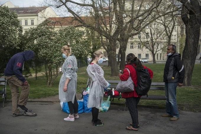 Σε καθεστώς έκτακτης ανάγκης η Τσεχία λόγω του κορονοϊού