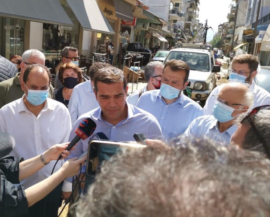 Ολική η καταστροφή στην Καρδίτσα, τόνισε ο Τσίπρας