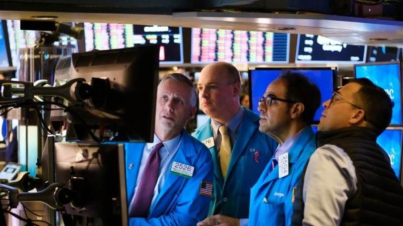 Νευρικότητα στη Wall Street, 1 εβδομάδα πριν από τις αμερικανικές εκλογές