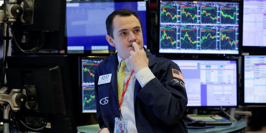 Θετική στάση της Wall Street την Τρίτη, πριν τη συνάντηση Πελόζι - Μνούτσιν