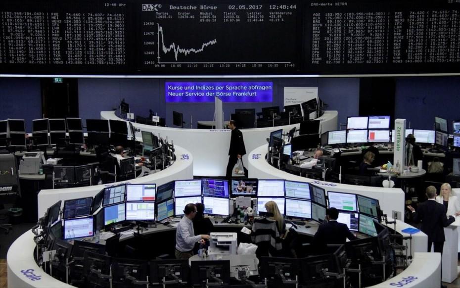 Πτώση στο άνοιγμα της εβδομάδας για τις ευρωαγορές