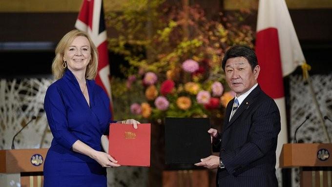 Μετά Brexit εποχή: Με την Ιαπωνία η πρώτη εμπορική συμφωνία