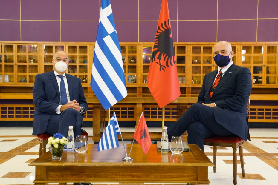 Στη Χάγη το ζήτημα των θαλασσίων ζωνών Ελλάδας και Αλβανίας
