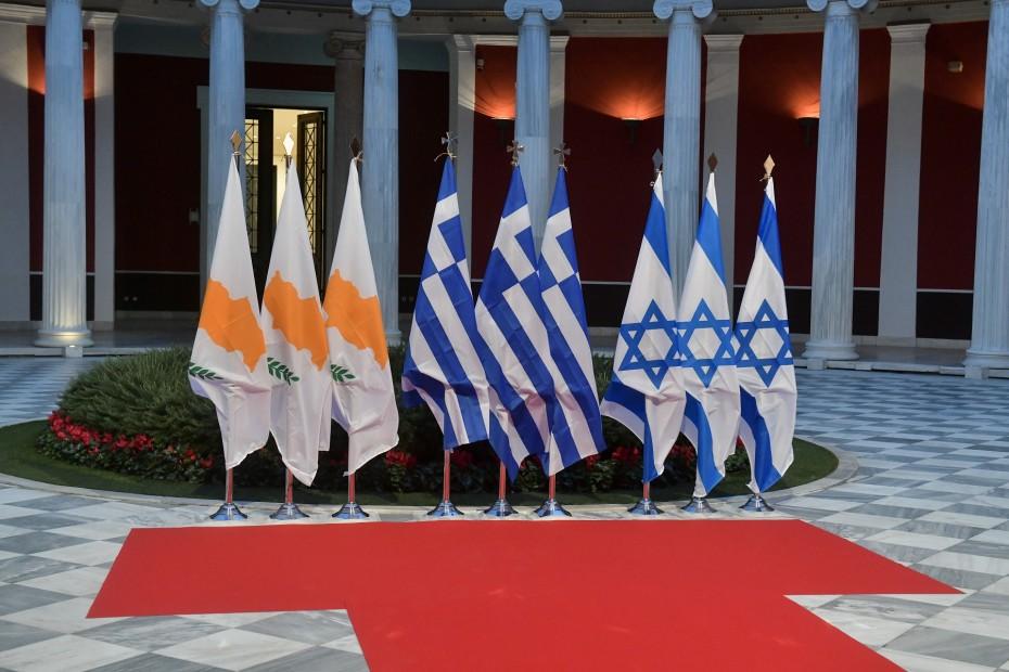 Η Αθήνα ενισχύει τις συμμαχίες της