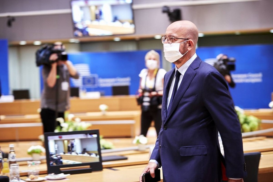 ΕΕ: «Ναι» - αλλά χωρίς προκλήσεις - σε διάλογο με «θετική ατζέντα»