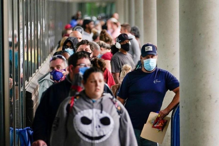 Σημαντική πτώση για τα νέα επιδόματα ανεργίας στις ΗΠΑ