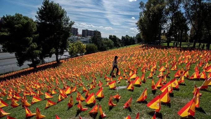 Ακόμα ένα ρεκόρ ημερησίων κρουσμάτων κορονοϊού στην Ισπανία