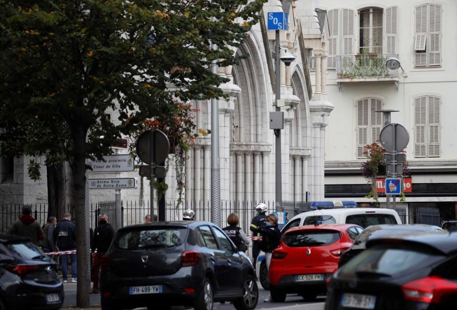 Αιματοκύλισμα από επίθεση στη Νίκαια της Γαλλίας