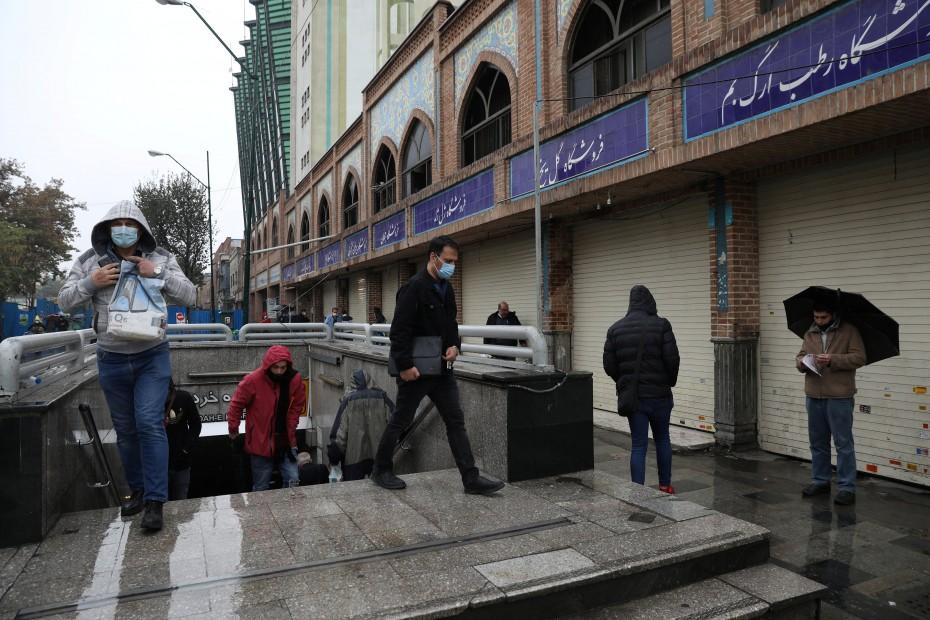 Προς τα 900.000 τα κρούσματα του κορονοϊού στο Ιράν