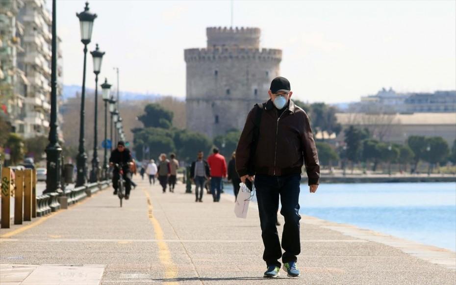 Θεσσαλονίκη: Σημάδια μείωσης εισαγωγών - Εξακολουθούν να ασφυκτιούν οι ΜΕΘ