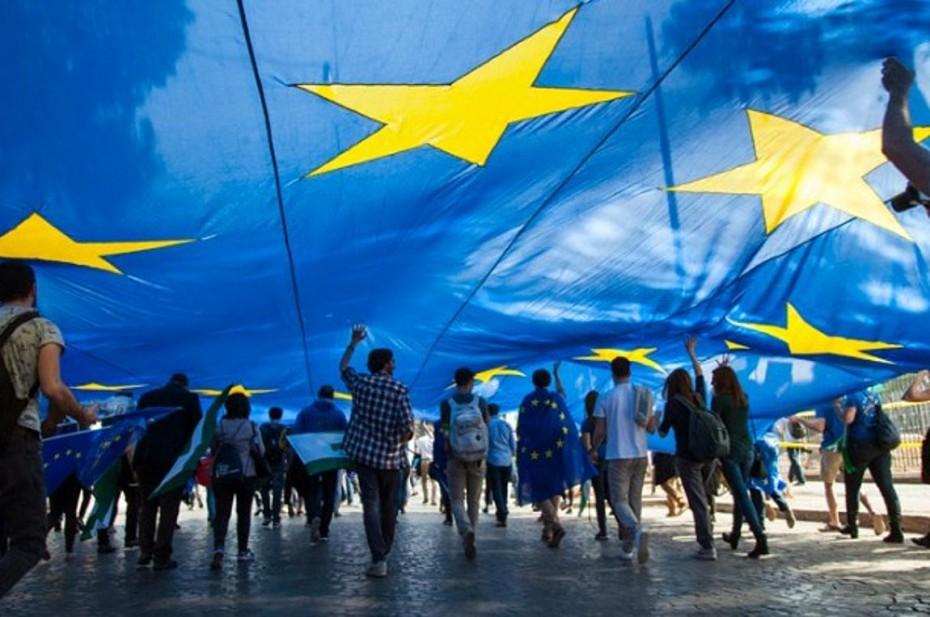 Ευρωζώνη: Ισχυρό rebound για την οικονομία στο γ΄3μηνο