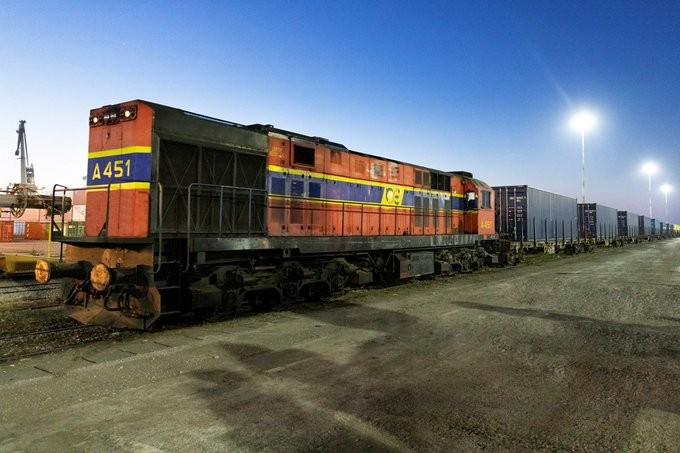 Ξεκίνησε από τη Θεσσαλονίκη το πρώτο τρένο για το dry port της Σόφιας