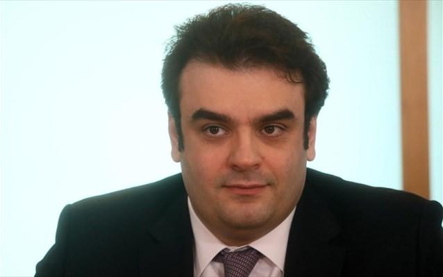 Πιερρακάκης: Δεν υπάρχει «κόφτης» στην αποστολή SMS στο 13033