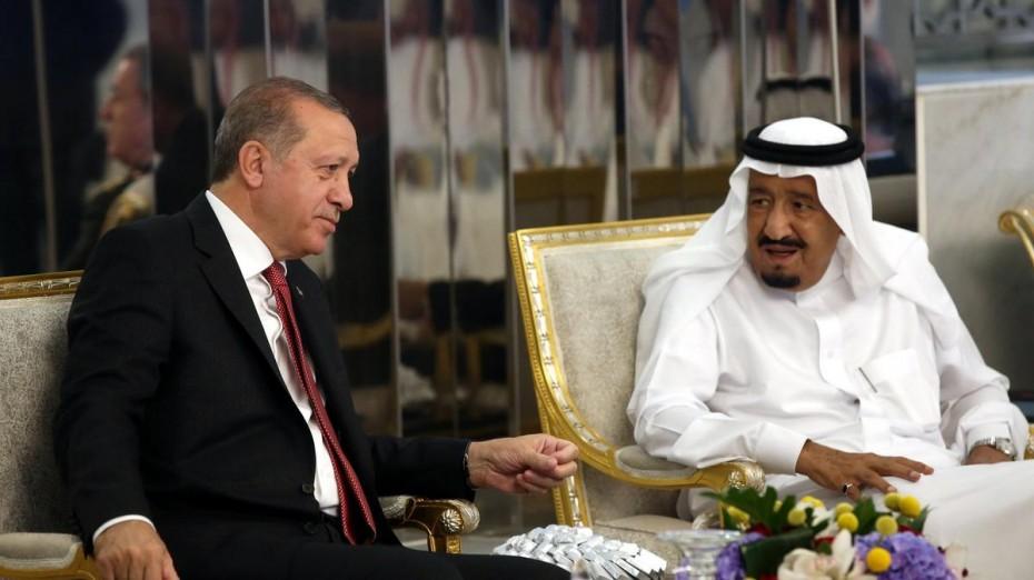 Συνομιλία Ερντογάν - Βασιλιά Σαλμαν της Σαουδικής Αραβίας για βελτίωση των διμερών σχέσεων