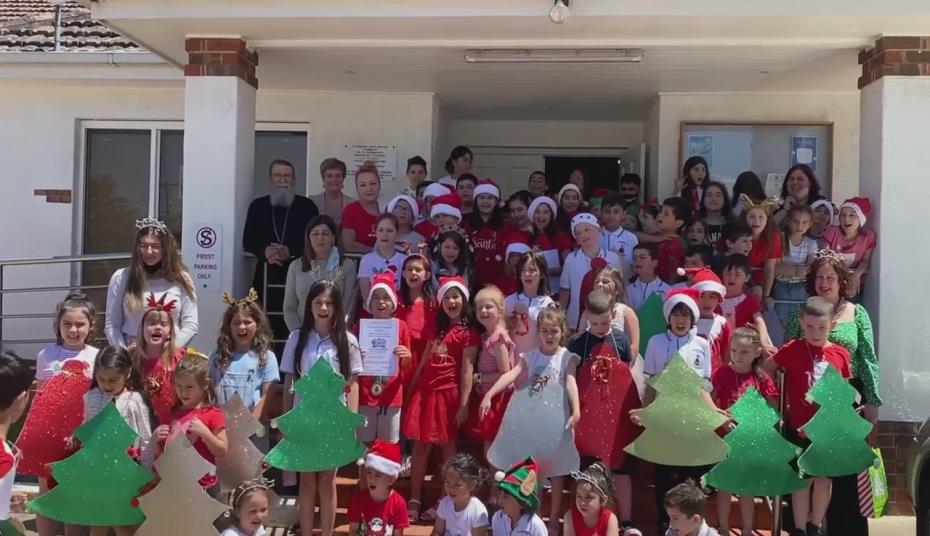 «Χριστούγεννα όπου υπάρχουν Έλληνες»: Η εορταστική εκπομπή του ΥΠΕΞ