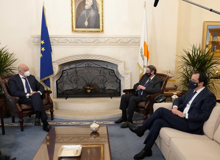 Μέτωπο Ελλάδας - Κύπρου κατά των προκλήσεων της Άγκυρας
