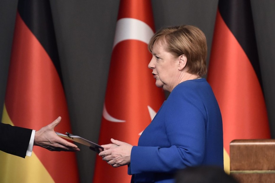 «Περαιτέρω συζήτηση» για τις τουρκικές κυρώσεις θέλει το Βερολίνο