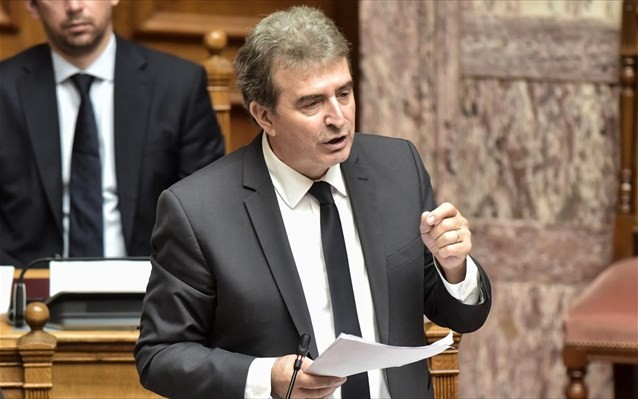 Ξανά ο Χρυσοχοΐδης για τήρηση των μέτρων κατά του κορονοϊού από τους πολίτες