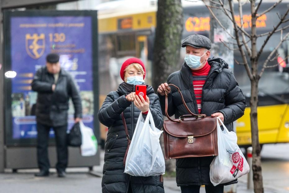 Σε πολύμηνο χαμηλό τα νέα κρούσματα κορονοϊού στην Ουκρανία