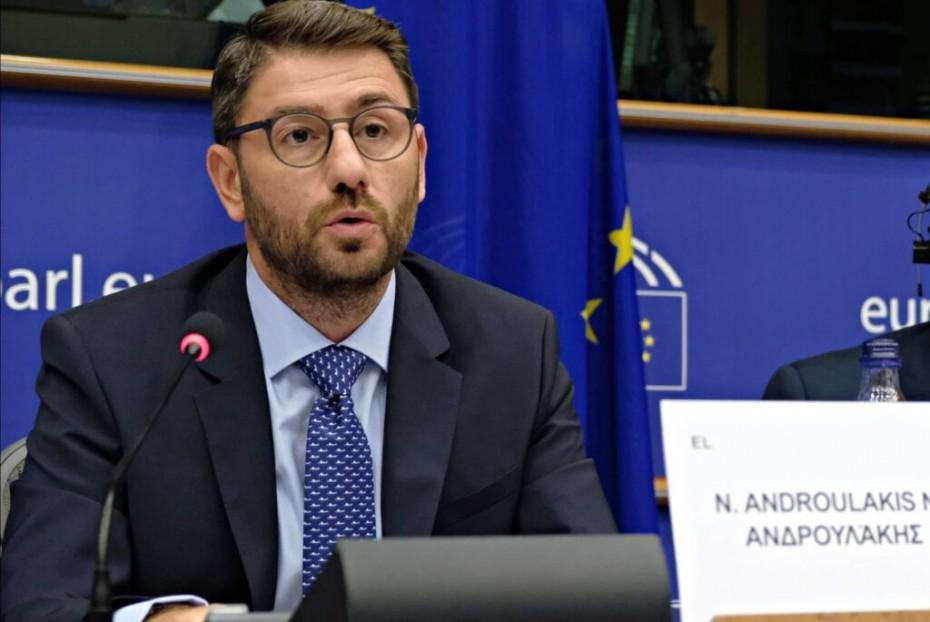 Ανδρουλάκης στο Xrimaonline: Να υπάρξει διαφάνεια στην κατανομή των εμβολίων από την ΕΕ