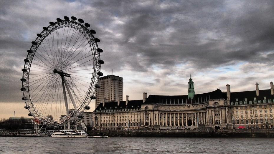 Λεωφορεία μετατρέπονται σε ασθενοφόρα στο Λονδίνο