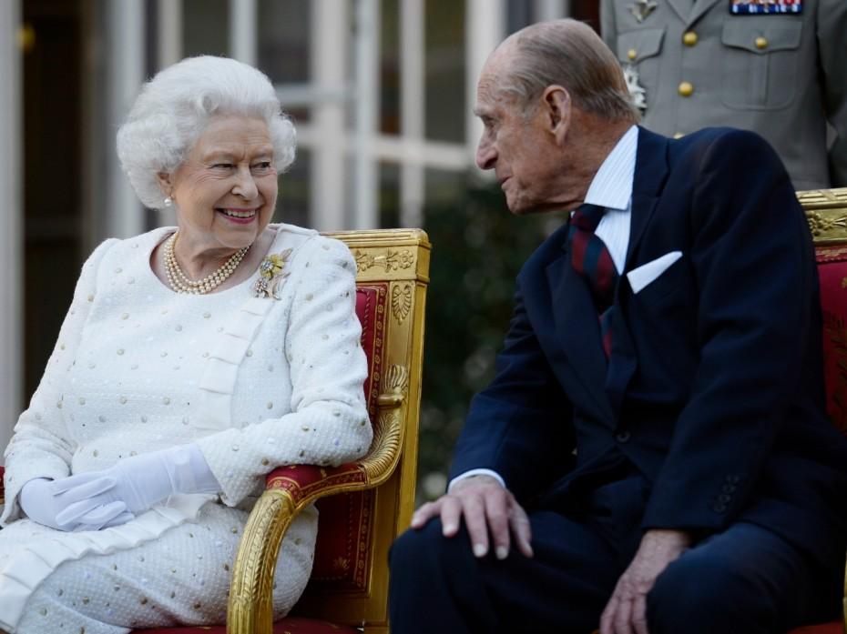 Εμβολιάστηκαν η βασίλισσα Ελισάβετ και ο σύζυγός της Φίλιππος