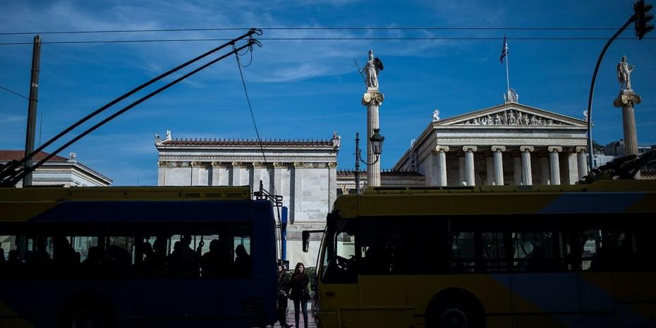 Η Ελλάδα «τεστάρει» τις αγορές με νέο 10ετές ομόλογο