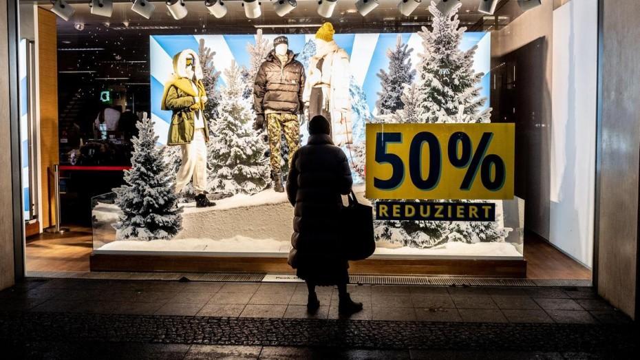 Και πάλι προς τα κάτω η οικονομία της Ευρωζώνης λόγω των lockdown