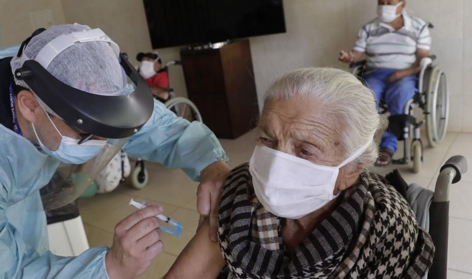 Κοντά στα 23 εκατ. εμβολίων εν όψει της κινεζικής Πρωτοχρονιάς