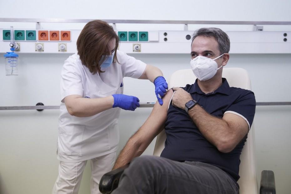 «Γκάζια» Μητσοτάκη στην ΕΕ για επιτάχυνση των εμβολιασμών