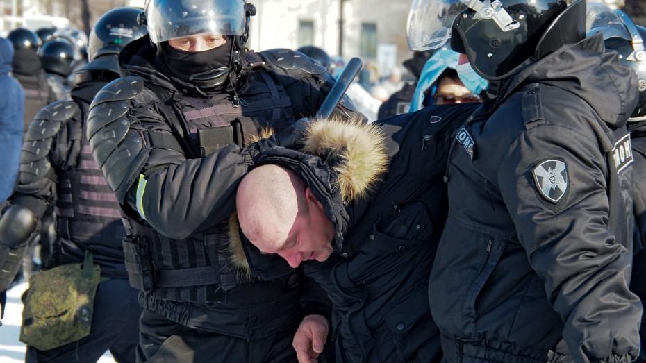 Σε μαζικές συλλήψεις διαδηλωτών υπέρ του Ναβάλνι προχώρησαν οι ρωσικές Αρχές