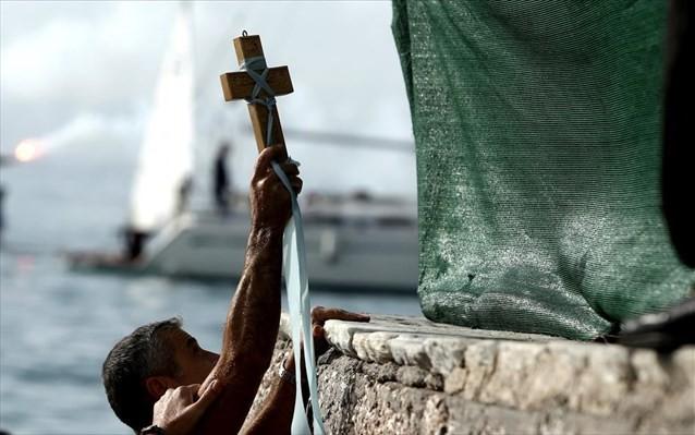 Προσφυγή της Εκκλησίας στο ΣτΕ για την απαγόρευση των Θεοφανείων
