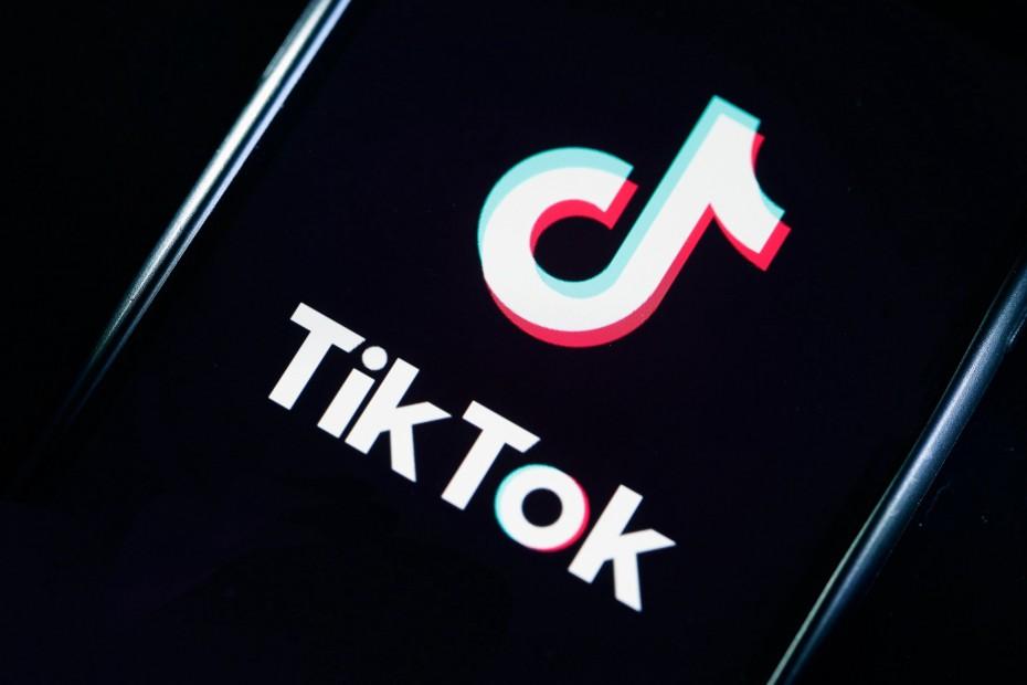 Tik Tok: Ιδιωτικοί όλοι οι λογαριασμοί χρηστών κάτω των 16 ετών