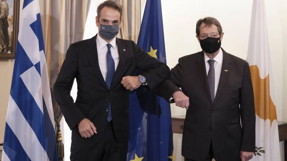 Ανεβάζει «στροφές» η ελληνική διπλωματία