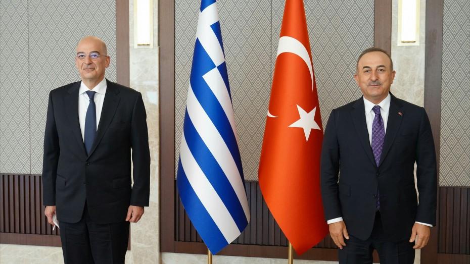 Πρόσκληση Δένδια σε Τσαβούσογλου να έρθει στην Ελλάδα
