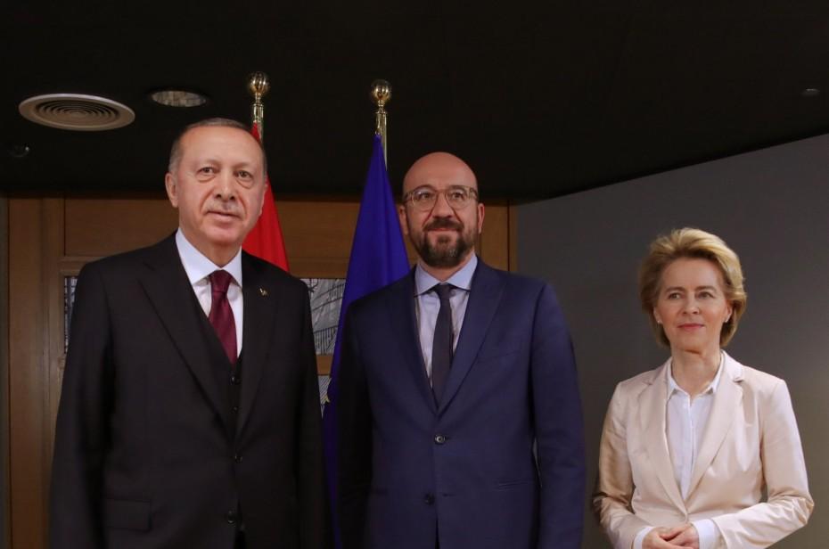 Τουρκία: Συνάντηση Φον ντερ Λάιεν και Μισέλ με Ερντογάν την Τρίτη