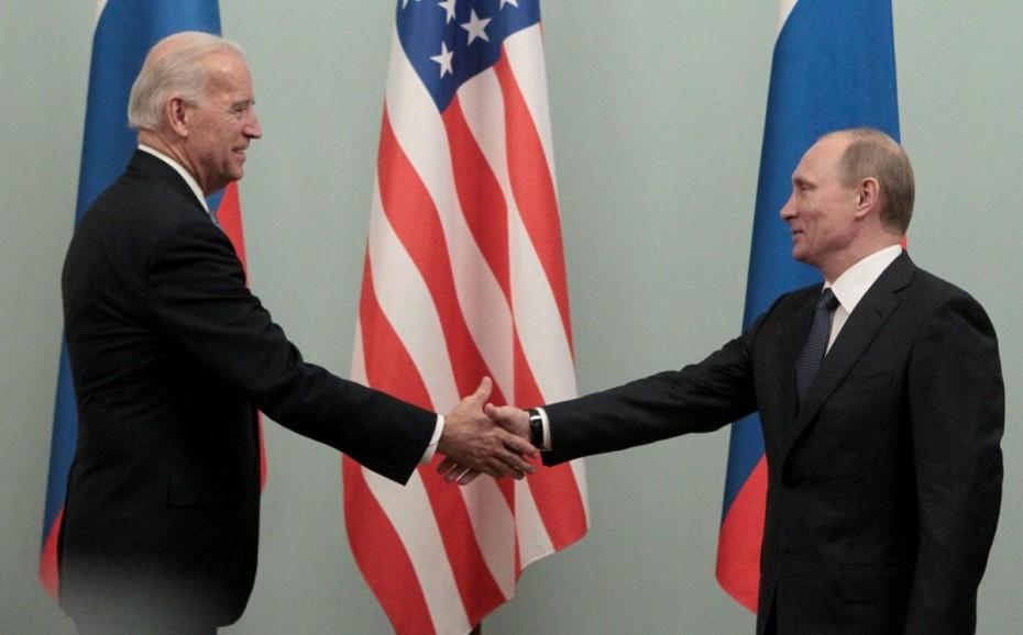 Κρεμλίνο: «Ο Πούτιν αποφασίζει» για πιθανή «απάντηση» στις ΗΠΑ