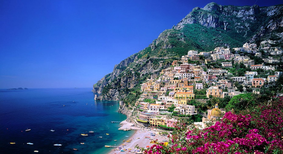 Il Messaggero: Στα «βήματα» της Ελλάδας η Ιταλία για Covid-free νησιά