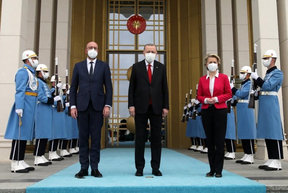 Άγκυρα: Συνάντηση Ερντογάν με Φον ντερ Λάιεν - Μισέλ για τις αποφάσεις της Συνόδου